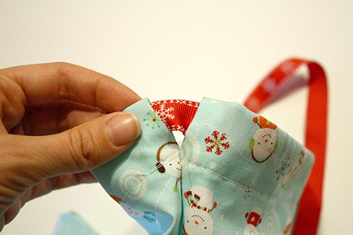 Easy 3 Seam Drawstring Gift Bag Tutorial via littleredwindow.com