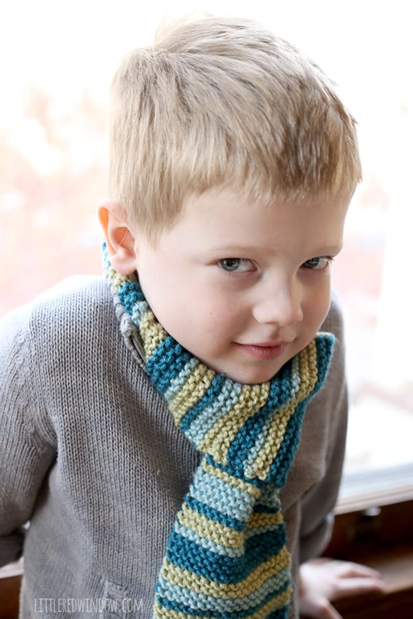 Kids Loop Scarf Knitting Pattern | littleredwindow.com | This cute free pattern is easy to knit and it STAYS ON!
