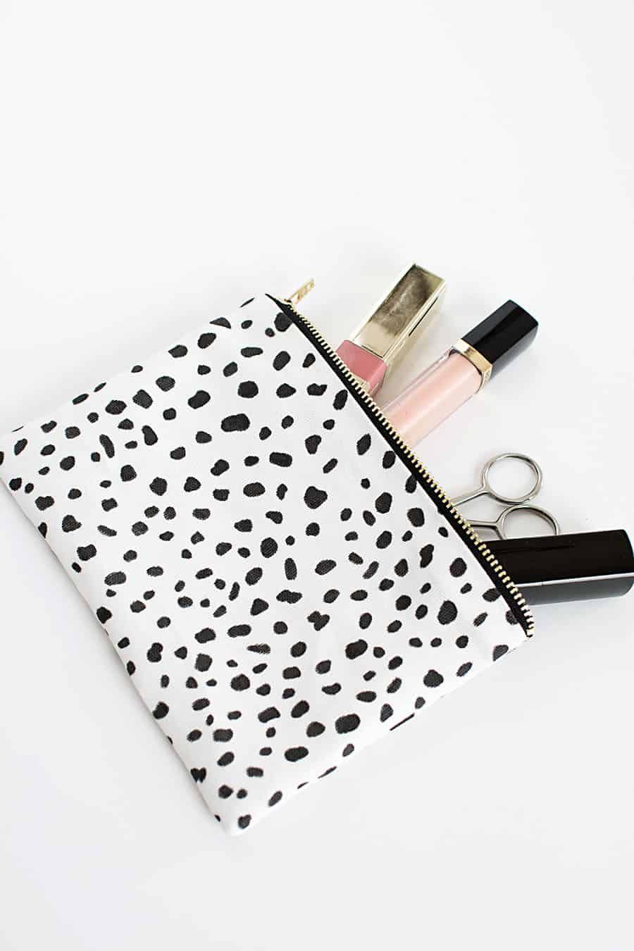 DIY-no-sew-zipper-pouch