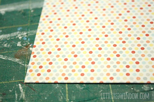 Giant Clothespin Picture Holder    littleredwindow.com   Make a simple and fun Giant Clothespin into an adorable picture holder!