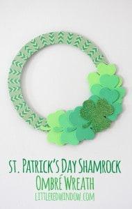 St. Patrick's Day Shamrock Ombre Wreath | littleredwindow.com