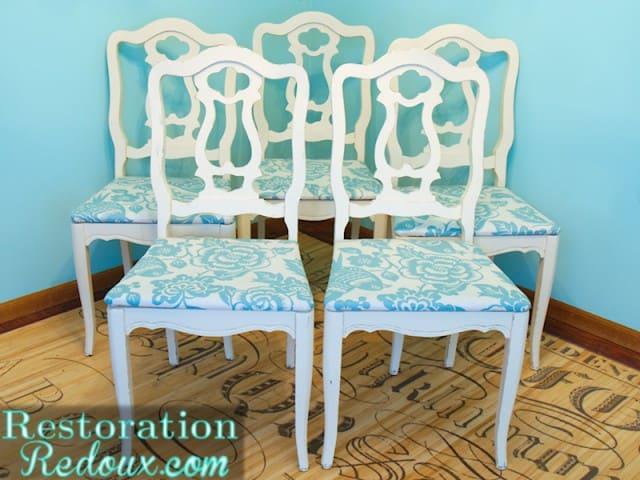 Chairs-640x480