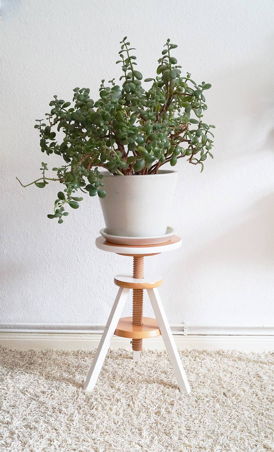 20 Clever Diy Planters Pots And Plant Stands Little Red Window