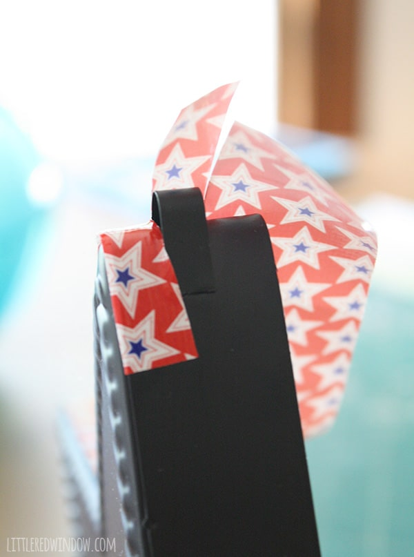 DIY 4th of July Chalkboard Star | littleredwindow.com | Take a metal chalkboard star from boring to patriotic in just a few minutes!