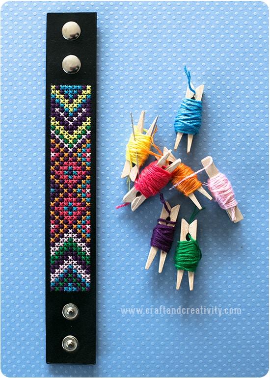embroideredbracelet1b