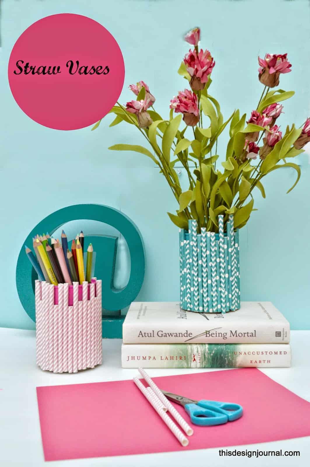 vase with straws
