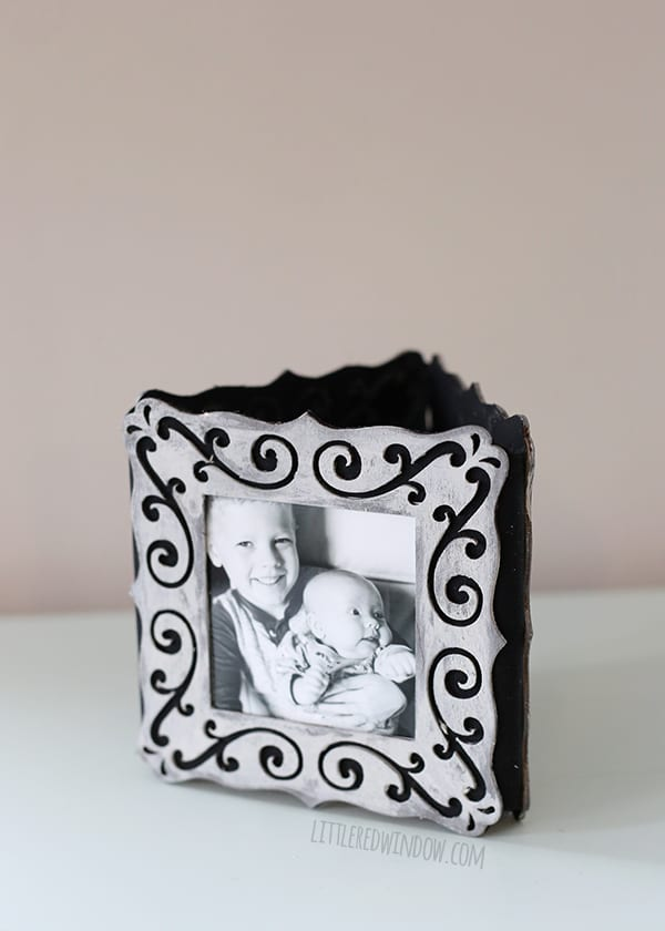 diy_folding_picture_frame_016_littleredwindow