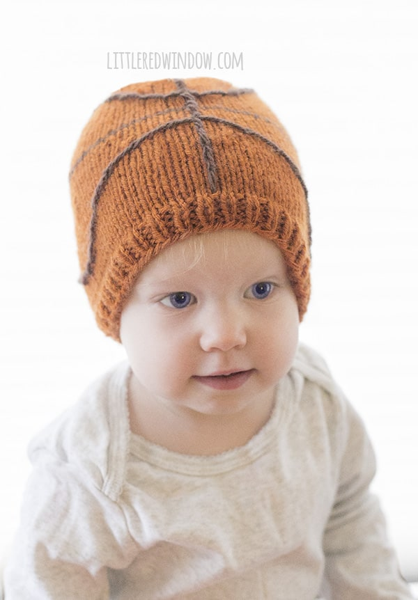 Little Basketball Hat Knitting Pattern for babies and toddlers! Get ready for the tournament!