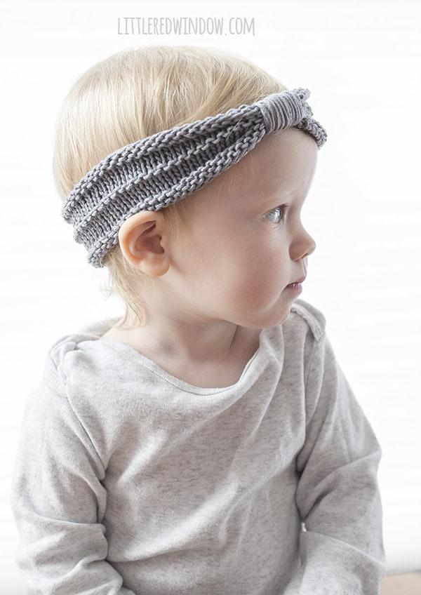 Sweet Baby Headband Knitting Pattern for babies, newborns and toddlers! | littleredwindow.com