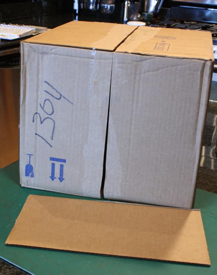 Bottom of a cube shape cardboard box