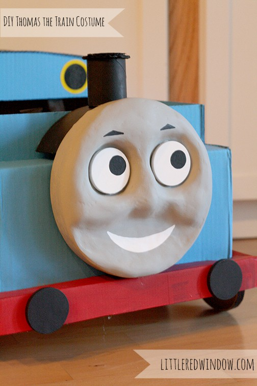 Closeup of the cardboard train's cute face