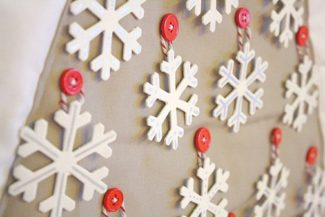 DIY Snowflake Christmas Tree Advent Calendar