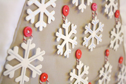 DIY Snowflake Christmas Tree Advent Calendar