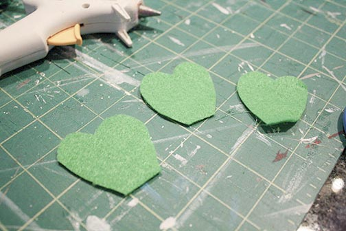 How to cut felt shamrocks for a St. Patrick's Day Shamrock Wreath