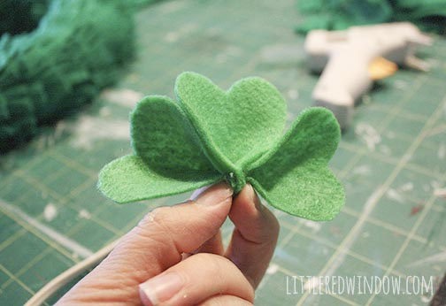 How to form felt shamrocks for a St. Patrick's Day Shamrock Wreath