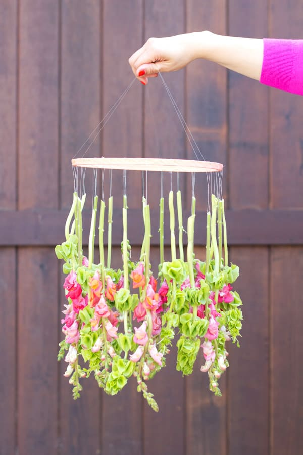 Mobile made of hanging flowers
