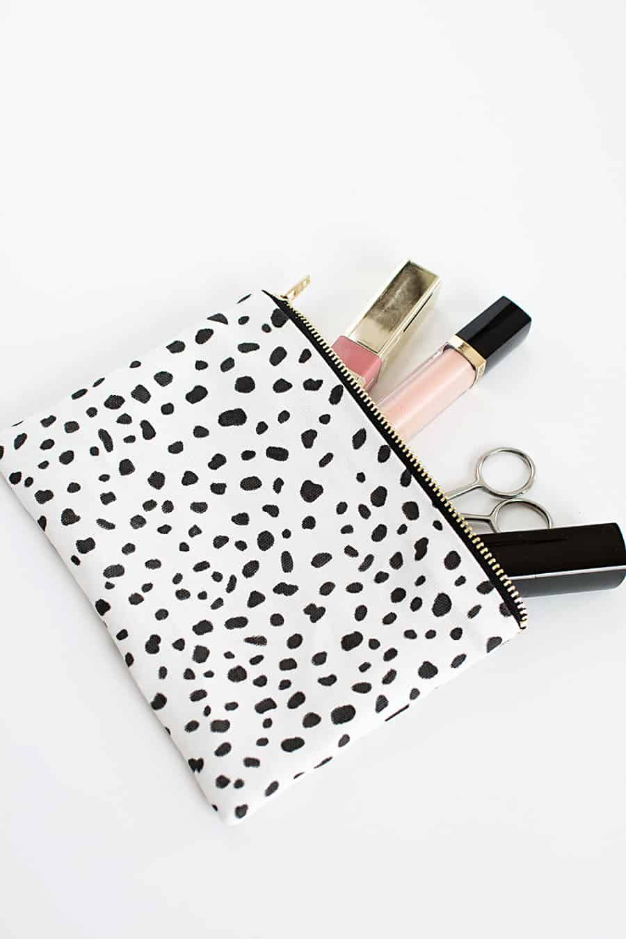 DIY-no-sew-zipper-pouch