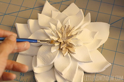 DIY 3D Flower Wall Hanging