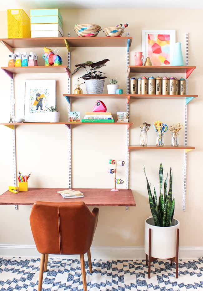 diy_mounted_wall_desk