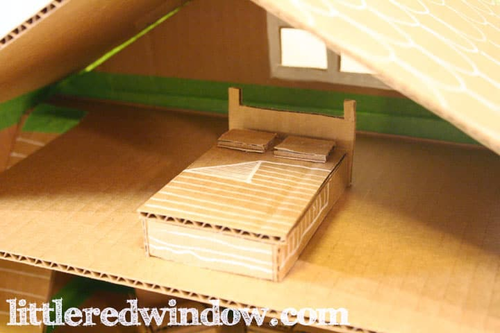 how to make a toy house out of a box