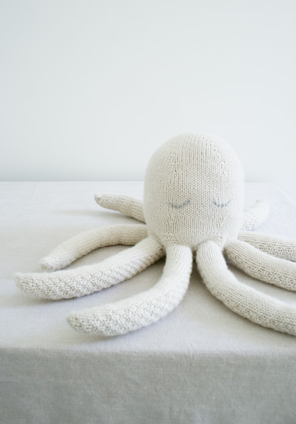 white knit octopus