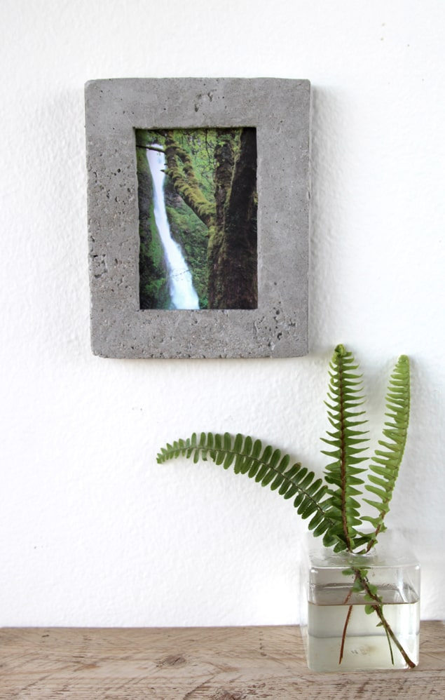 concrete picture frame