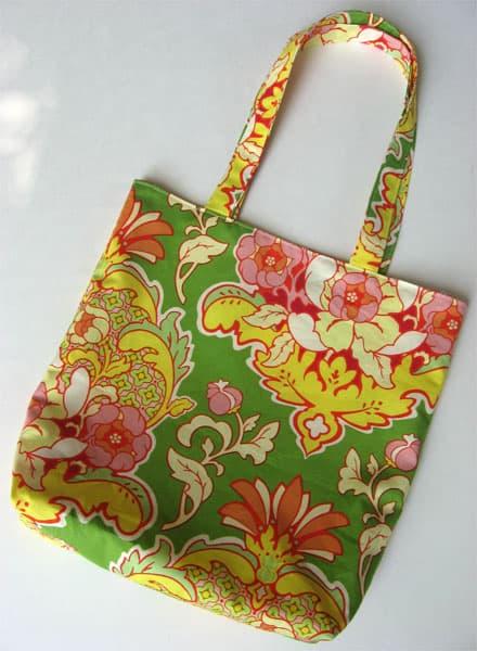 basic green floral tote bag