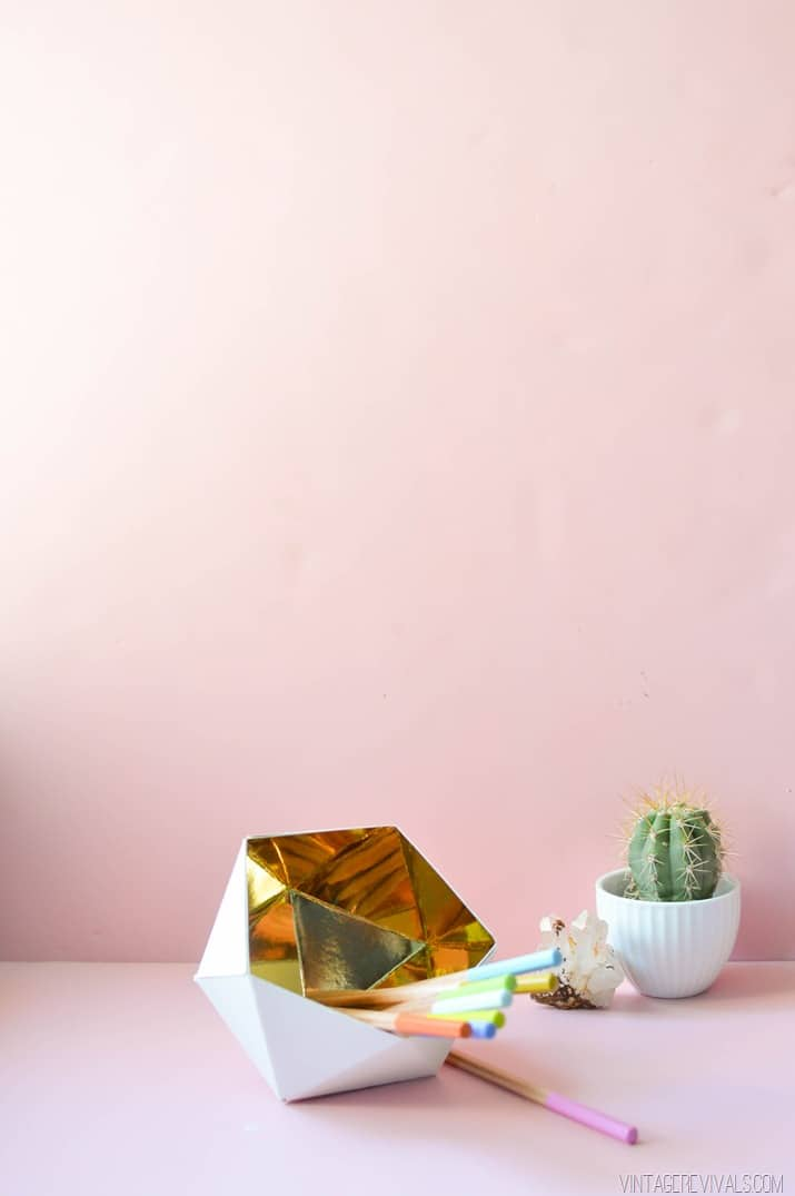 white with gold inside geodesic pencil cup
