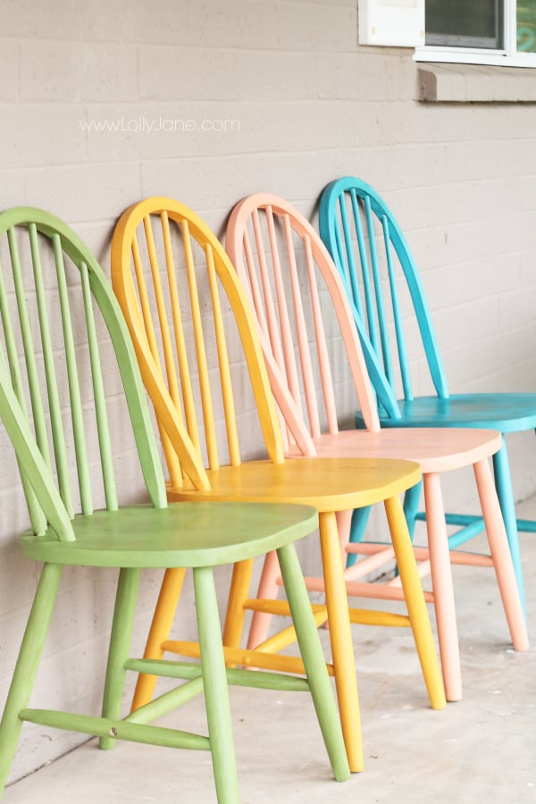 americana-chalky-paint-furniture-tutorial