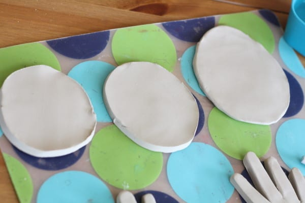 DIY Painted Clay Ring Dishes | littleredwindow.com