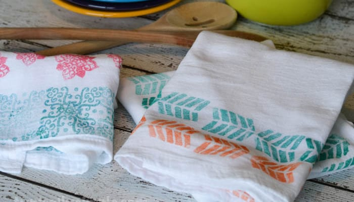 FabricCreationsStampedDishTowels-8-700x400