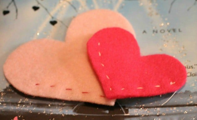 Felt-Heart-Bookmarks