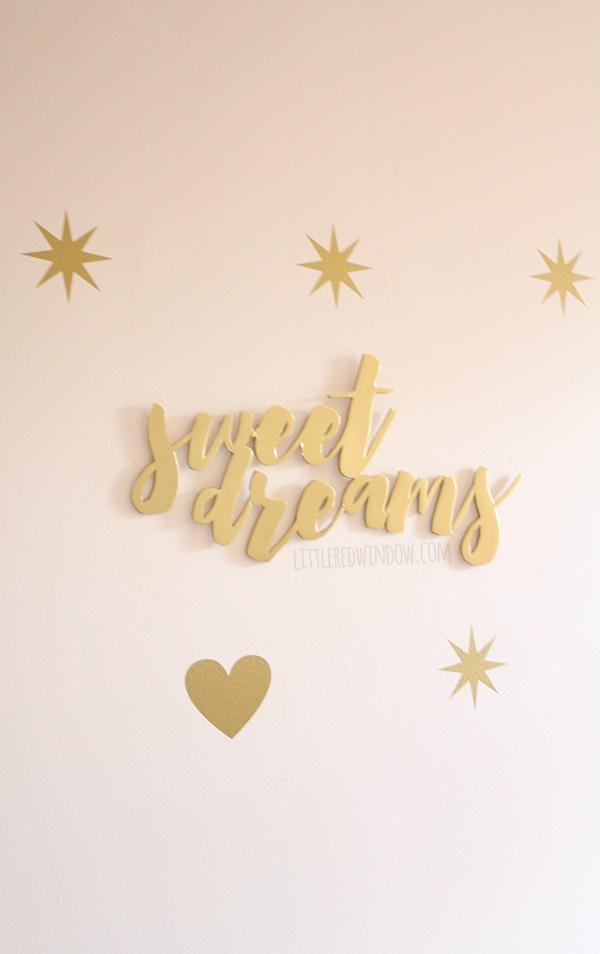 Make your own DIY Gian Word Wall Art (for super cheap!) | littleredwindow.com