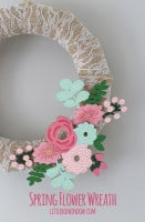 small spring_flower_lace_burlap_wreath_011_littleredwindow