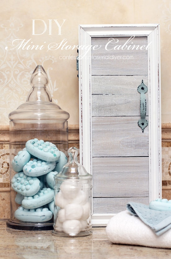 Mini-Storage-Cabinet