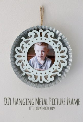 DIY Hanging Metal Picture Frame