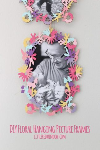 Pretty Flower Hanging Picture Frames