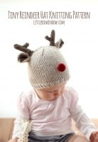 small tiny_reindeer_baby_hat_knitting_pattern_02_littleredwindow