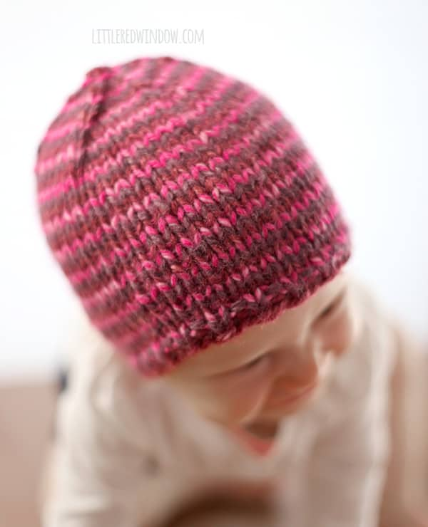 The Do-Gooder Hat free knitting pattern for donations! A great simple and quick pattern to make hats to donate to your favorite charity!   littleredwindow.com