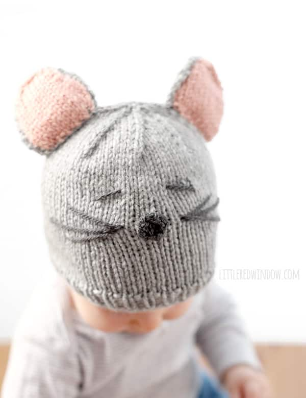 Little Mouse Hat Knitting Pattern for babies! | littleredwindow.com