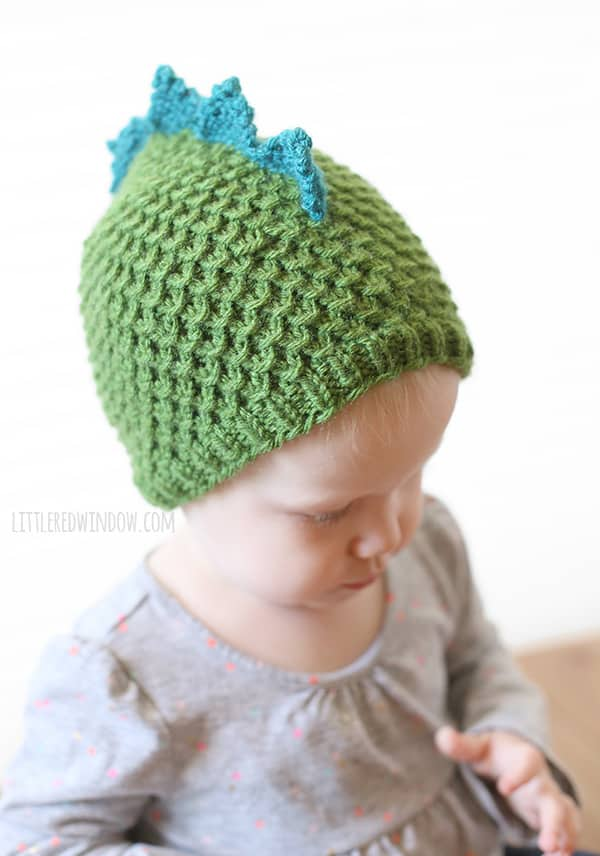 Adorable Tiny Dragon Hat Knitting Pattern (aka Tiny Dinosaur Hat)! | littleredwindow.com