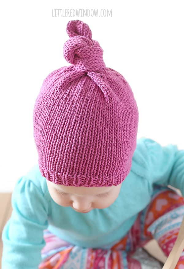 Easy Knit Top Knot Hat Knitting Pattern for babies and toddlers! | littleredwindow.com