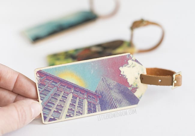 Photo Art DIY Luggage Tags, make your own personalized luggage tags and learn how to transfer your pictures to wood! | littleredwindow.com