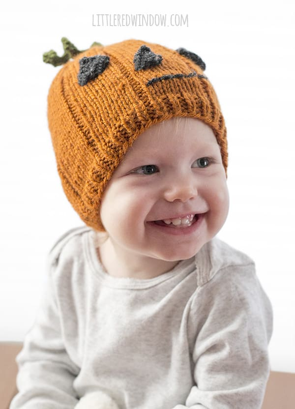 Cute Lil' Pumpkin Hat Knitting pattern, make the perfect Jack-o'Lantern hat for newborns, babies and toddlers!