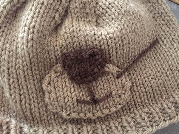 Adorable Otter Hat Knitting Pattern for newborns, babies and toddlers! | littleredwindow.com
