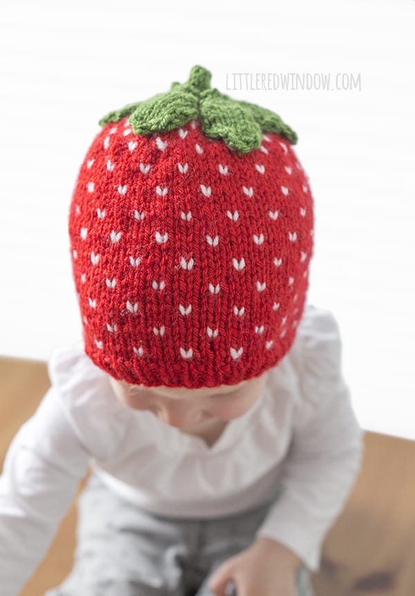 Sweet Strawberry Hat Knitting Pattern for newborns, babies and toddlers! | littleredwindow.com