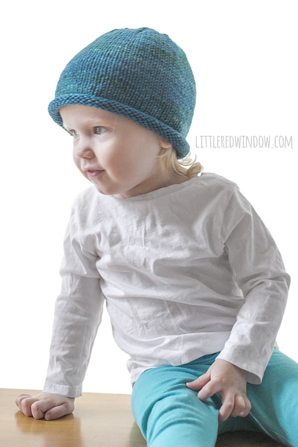 Basic Rolled Brim Hat Knitting Pattern for newborns, babies and toddlers! | littleredwindow.com
