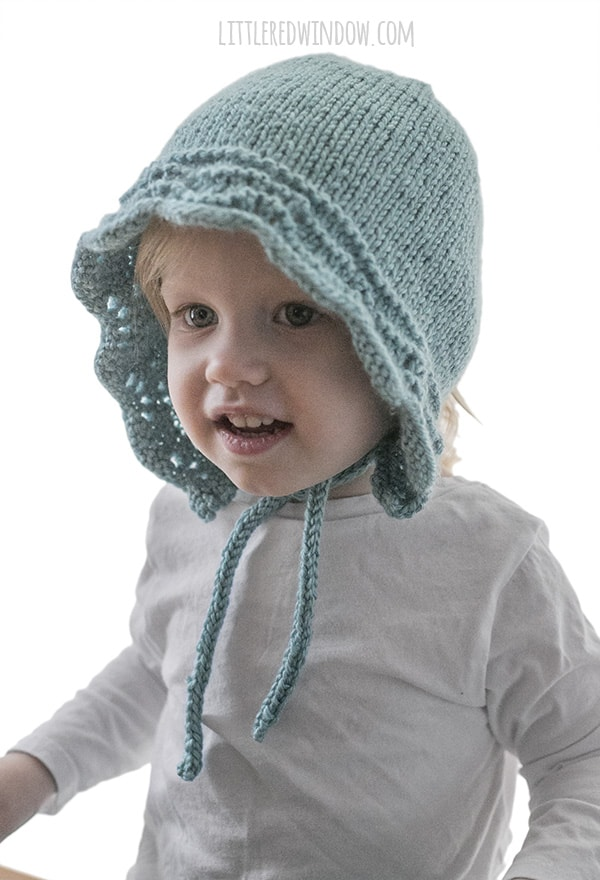 Baby Bluebell Bonnet Knitting Pattern for newborns, babies and toddlers! | littleredwindow.com