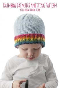 This bright and colorful Rainbow Brim Hat Knitting Pattern is a quick and easy knit for your baby or toddler! | littleredwindow.com