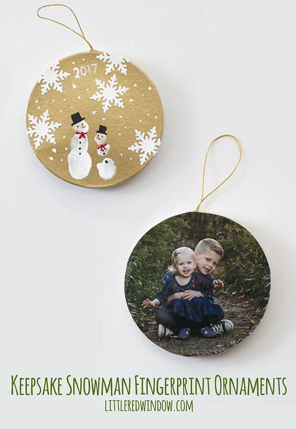 DIY Keepsake Snowman Fingerprint Ornaments, these adorable ornaments are quick and easy to make and they make great Christmas gifts!